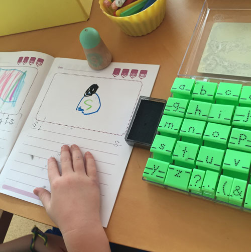 Tracing letter stamps